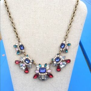 EUC Ann Taylor Loft Statement Necklace